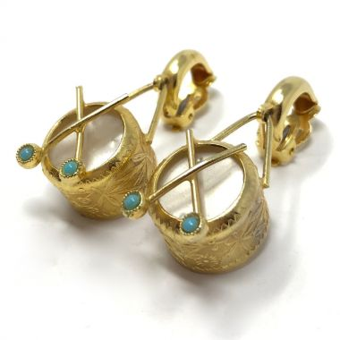 1960s Gold Tone Drum Design Vintage Earrings