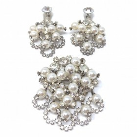 Juliana by Delizza and Elster 1960s Rhinestone and Faux Pearl Vintage Earrings and Brooch Set