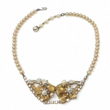 Eugene 1950s Faux Pearl and Rhinestone Vintage Necklace